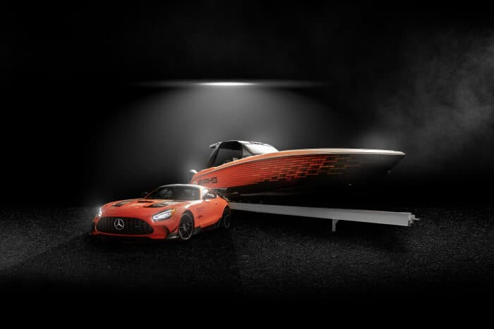 D633061-Highly-exclusive-13th-special-edition-boat-from-Mercedes-AMG-and-Cigarette-Racing-celebrates-world-debut