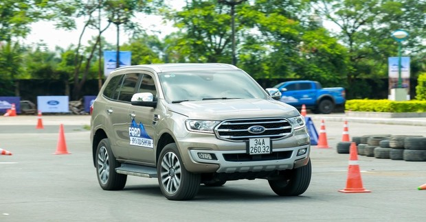 Ford Everest - 11