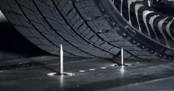 michelin-uptis-airless-puncture-proof-tire
