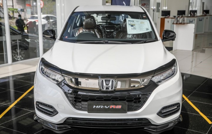 2021_Honda_HRV_RS-02