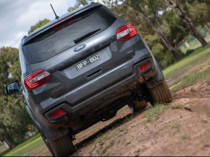 Ford Everest - 05